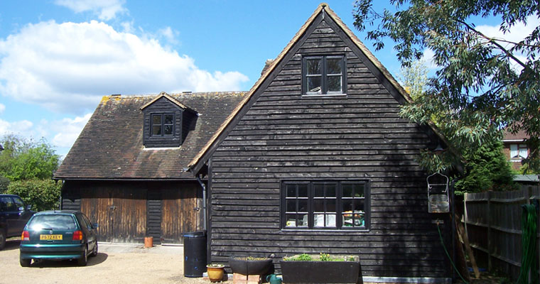 Hutchins Farm, Horley Row, Surrey, RH6 8DF (Reigate and Banstead)  (planning permission & building control)